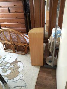 ソファ、本棚、扇風機、加湿器、洋服ラック